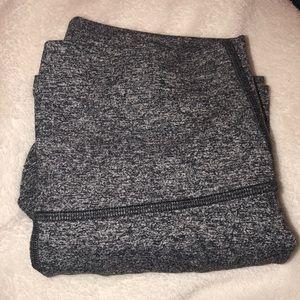 grey speckled lulu lemon cropped leggings